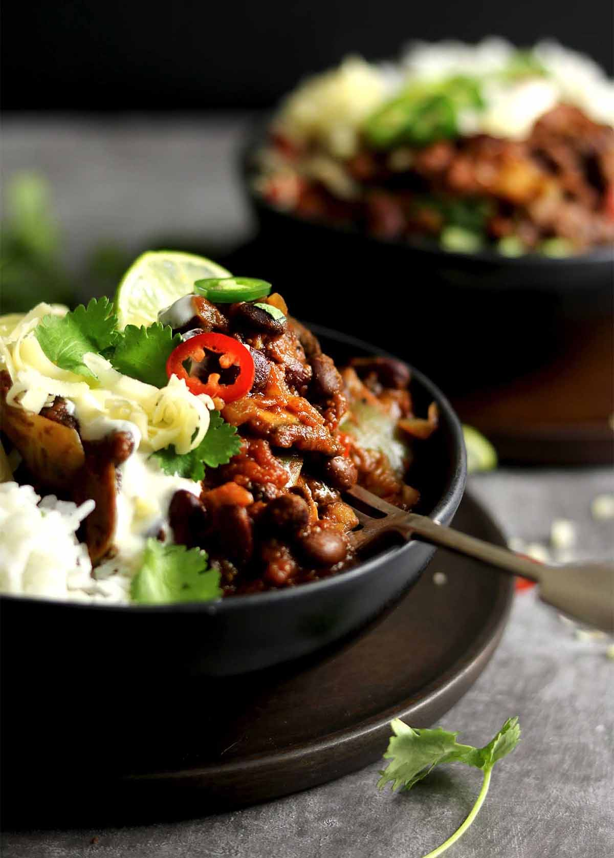 vegetarian chilli - in bowl side on