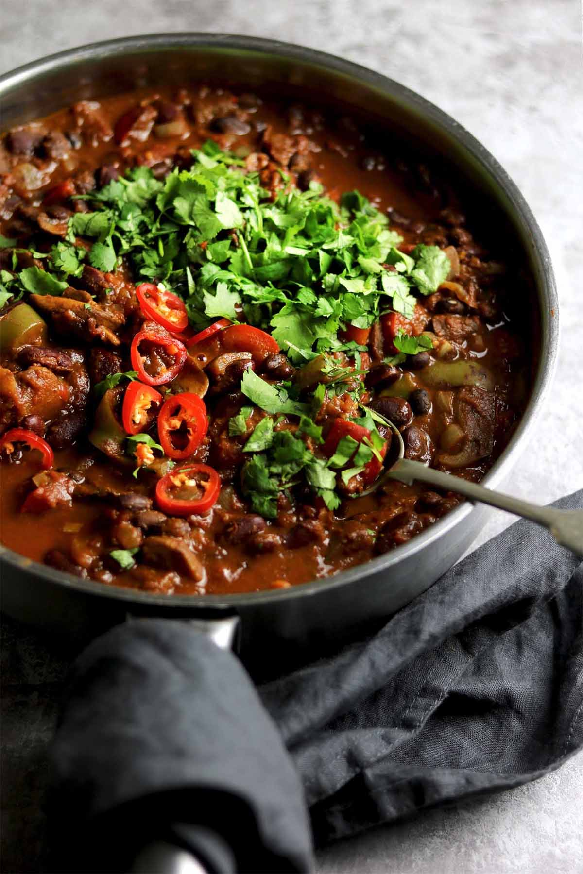 vegetarian chilli - in pan side on