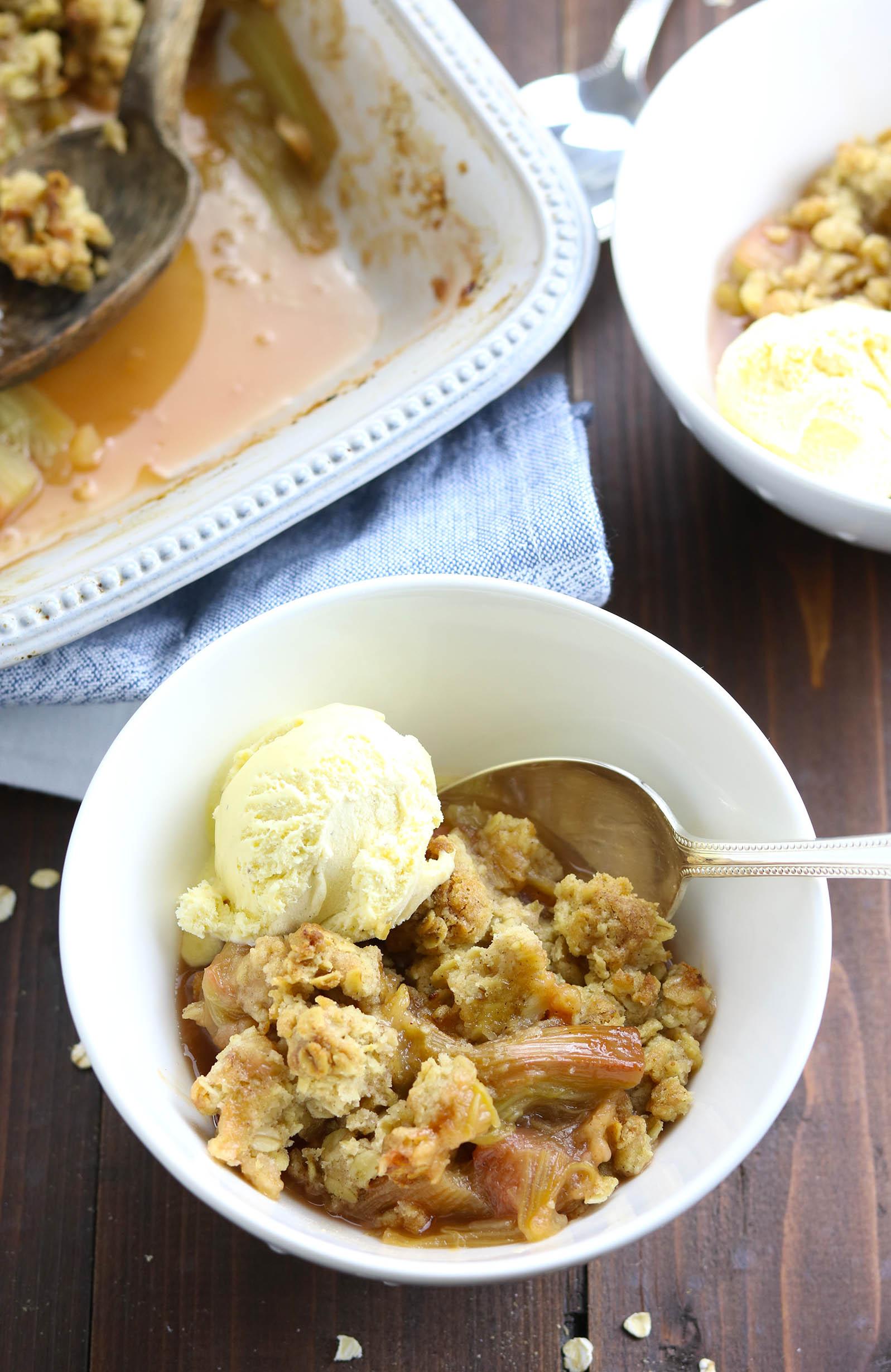 Rhubarb & Ginger Oat Crumble