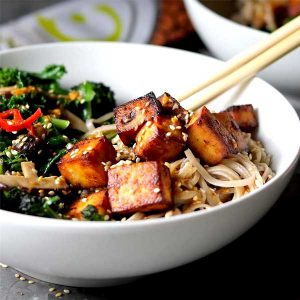 Miso tofu with noodles and broccoli, mushrooms and chili