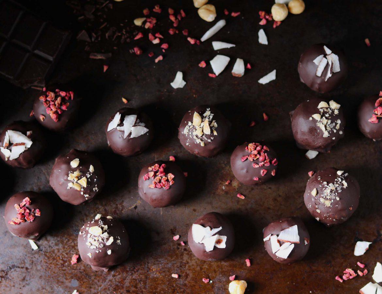 Dark Chocolate Date & Hazelnut Truffles - www.thelastfoodblog.com