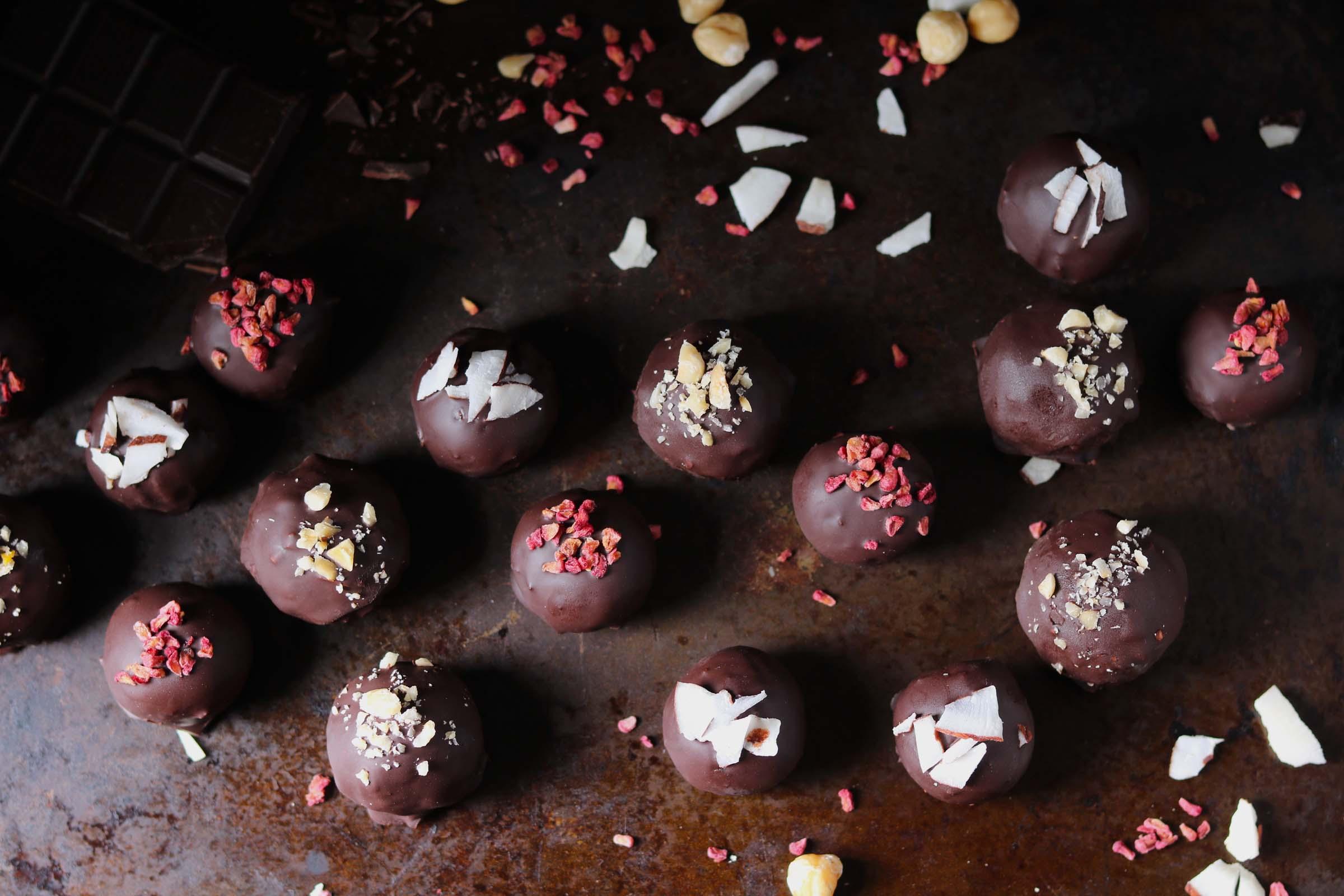 Dark Chocolate Date & Hazelnut Truffles
