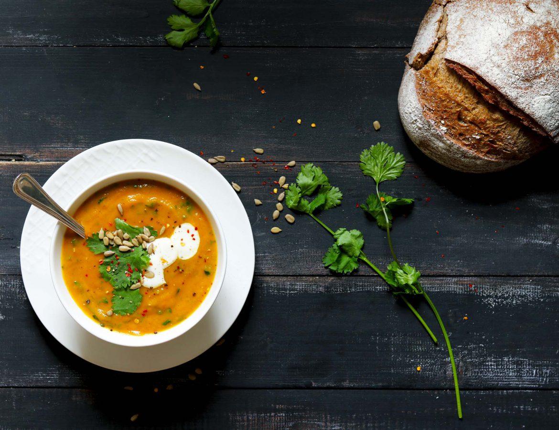 Spiced Carrot & Coriander Soup - www.thelastfoodblog.com