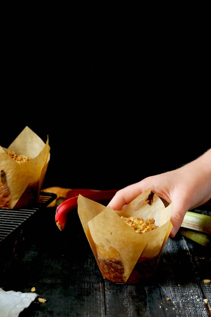 Rhubarb Crumble Muffins - thelastfoodblog.com
