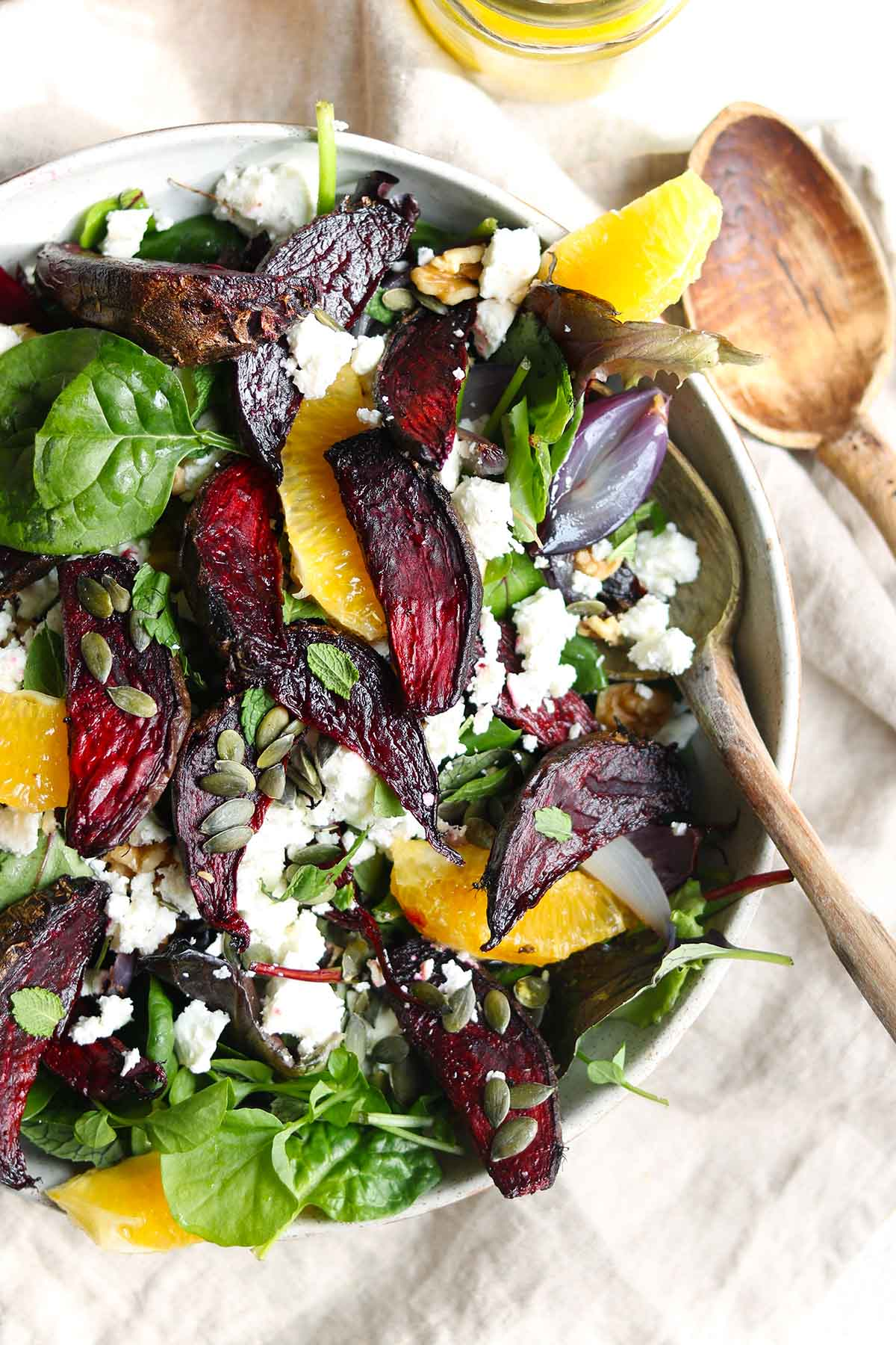 Roasted beetroot salad close