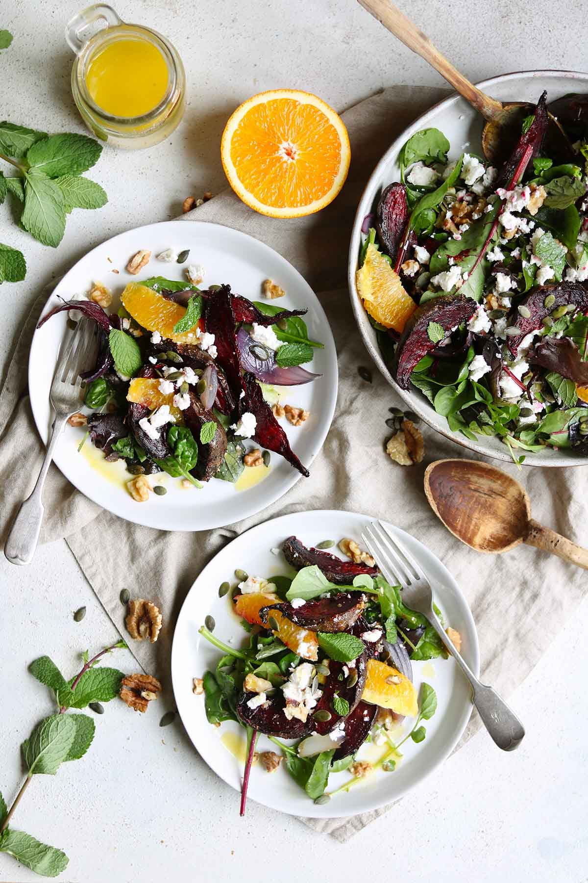 Roasted beetroot salad plated