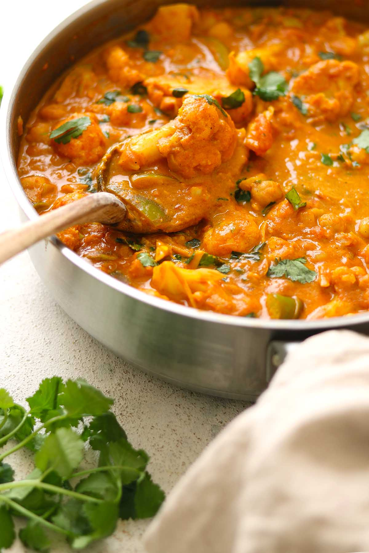 cauliflower and chickpea curry - close up