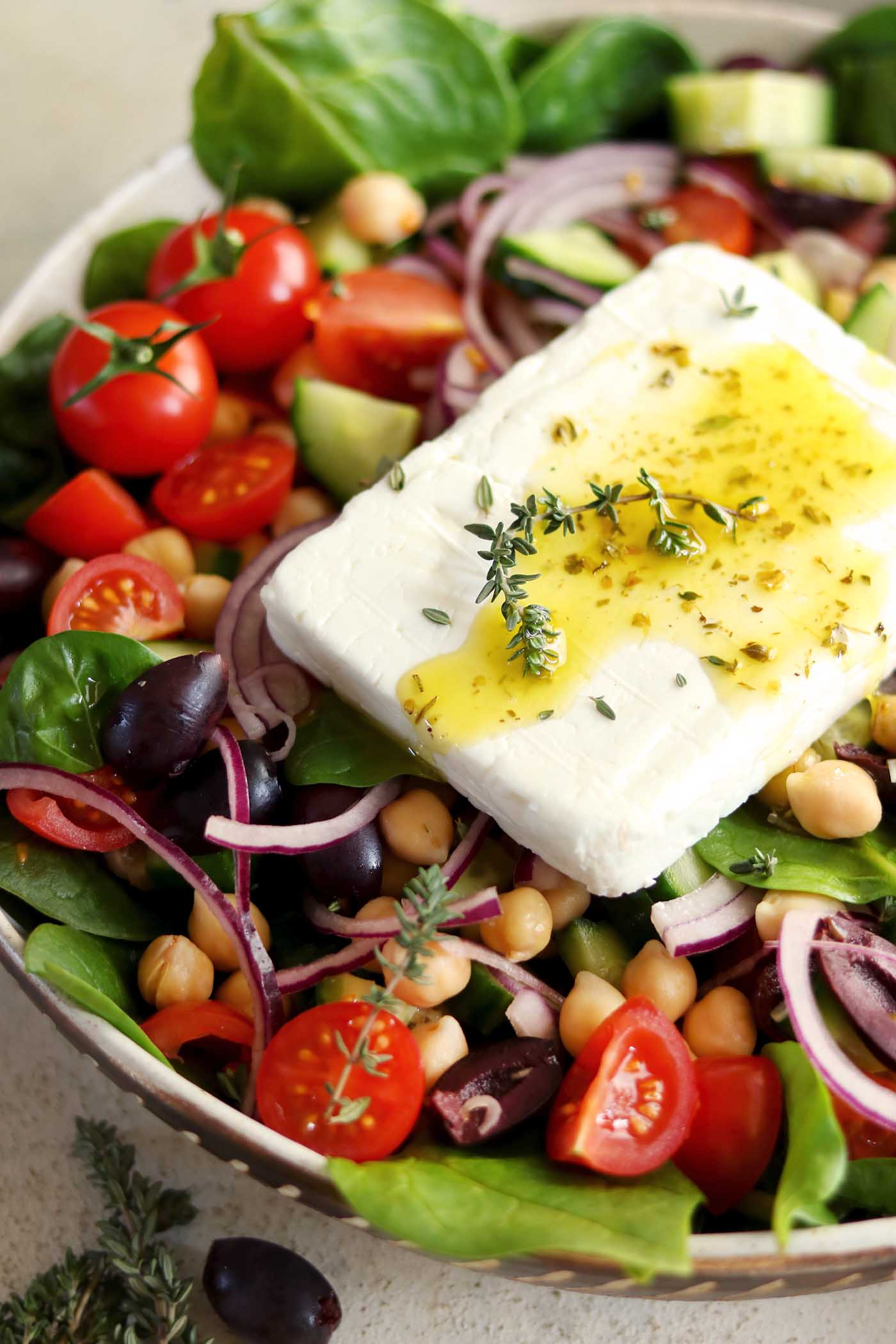 Greek Chickpea Salad with Spinach with feta