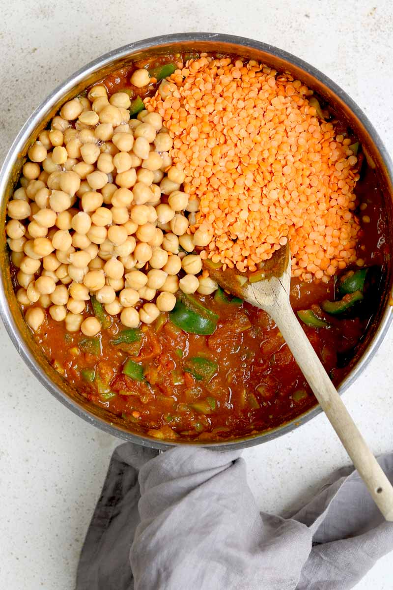 curry ingredients with chickpeas