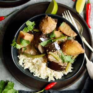 vegan massaman curry