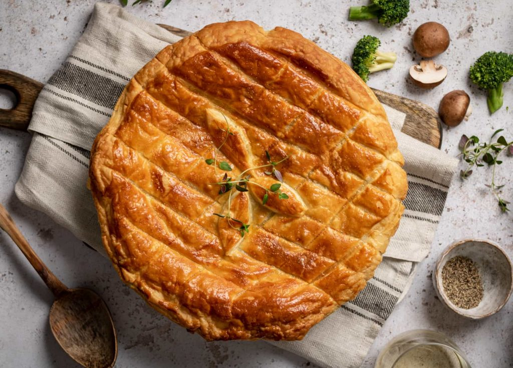 Vegetable Pot Pie with mushrooms, broccoli and leeks