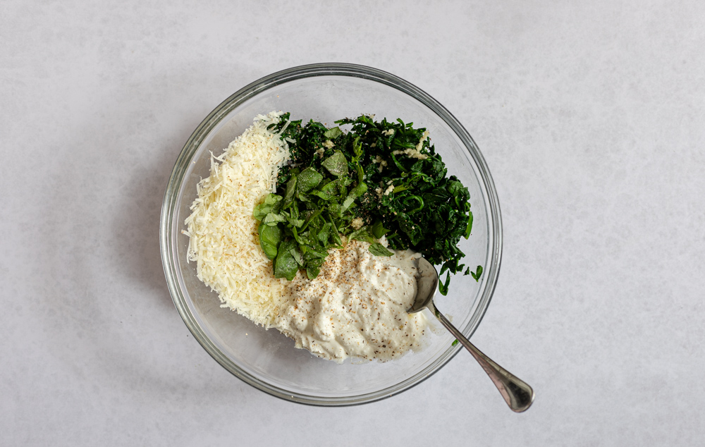 spinach and ricotta in a bowl